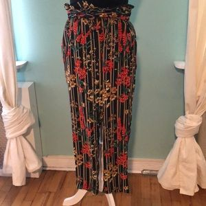 Zara floral ankle length pants